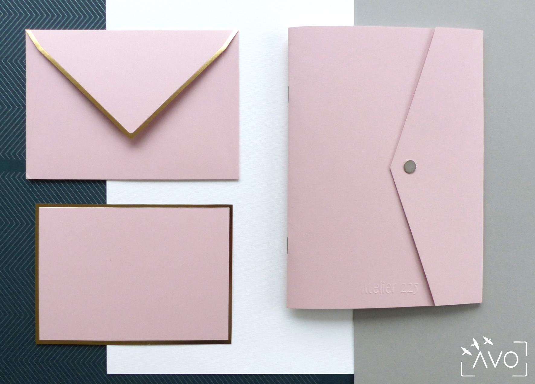atelier-225-papeterie-ecologique-geometrique-papier-pochette-rose