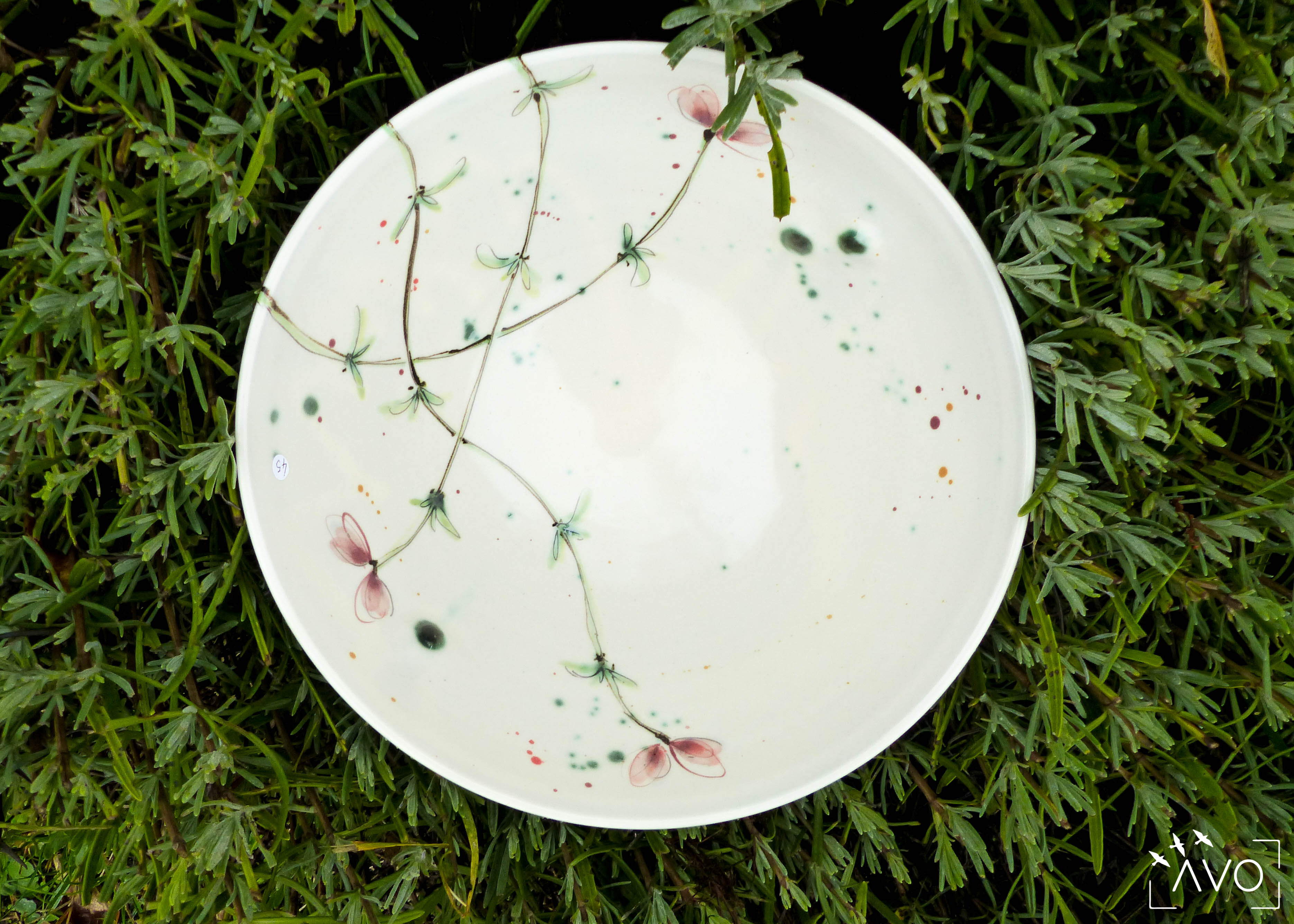 marina-leflon-ceramiste-courzieu-atelier-gres-faience-fleurs-art-de-la-table-atelier-poterie