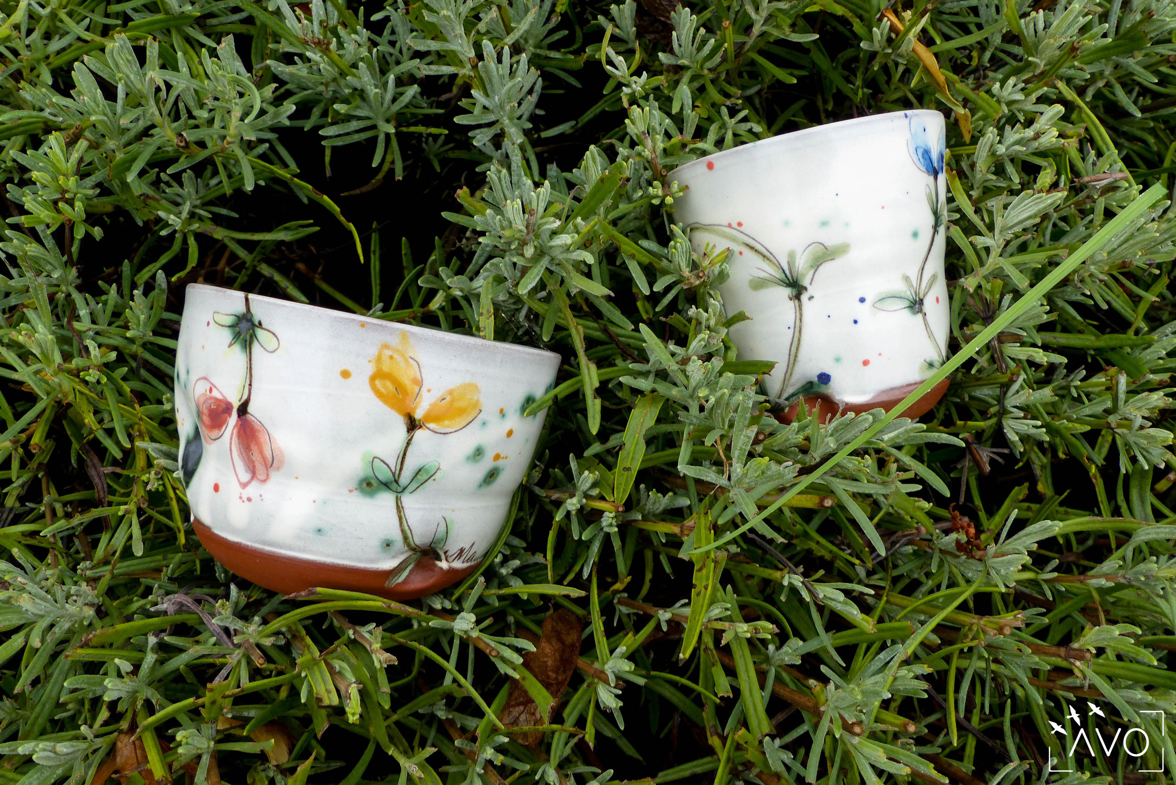 marina-leflon-courzieu-atelier-gres-faience-fleurs-terre-avo-avoldooiseau-ceramiques-art-de-la-table-atelier-poterie