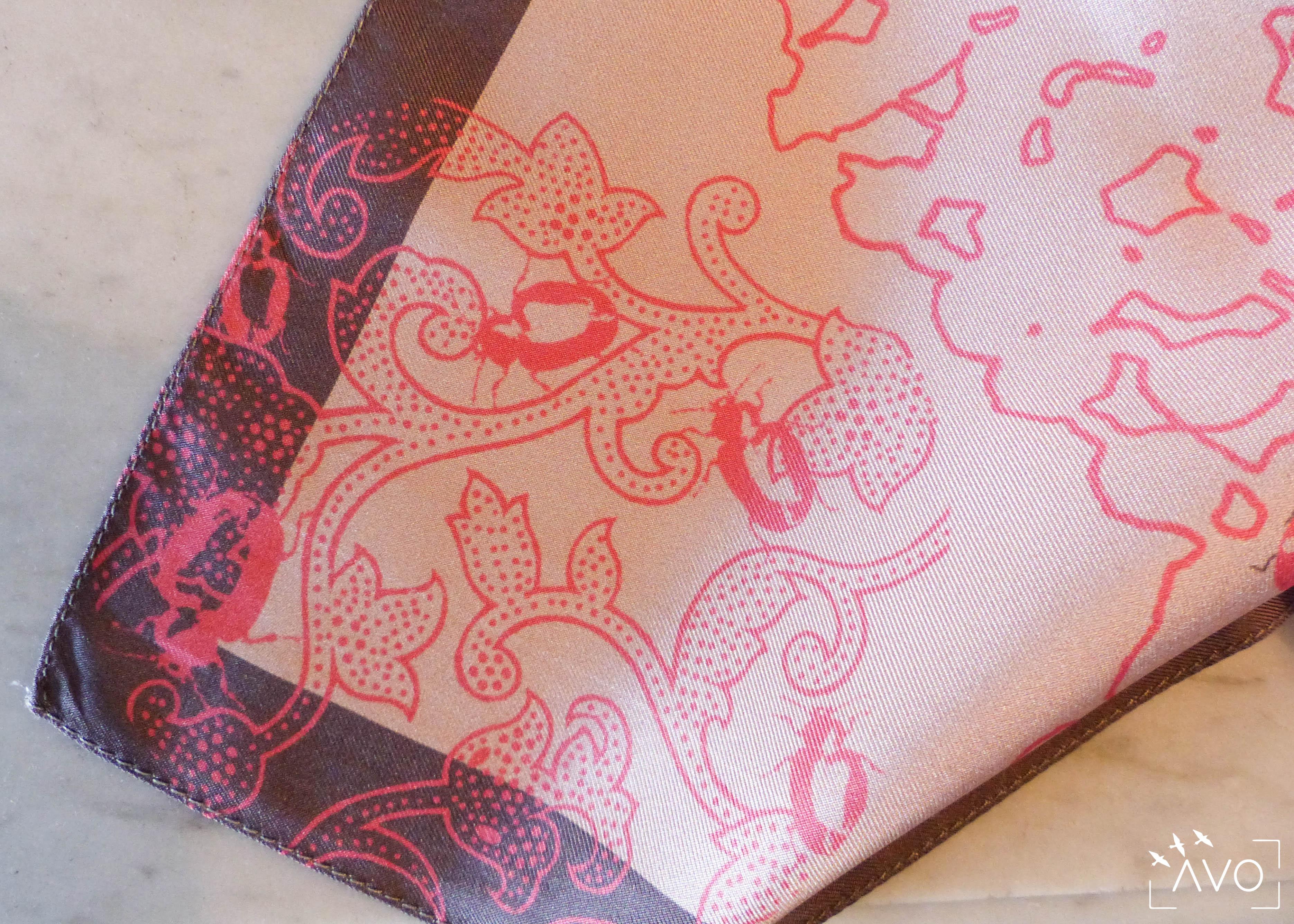 lso créations foulards lyon soie détail histopire poésie couleur detail coin