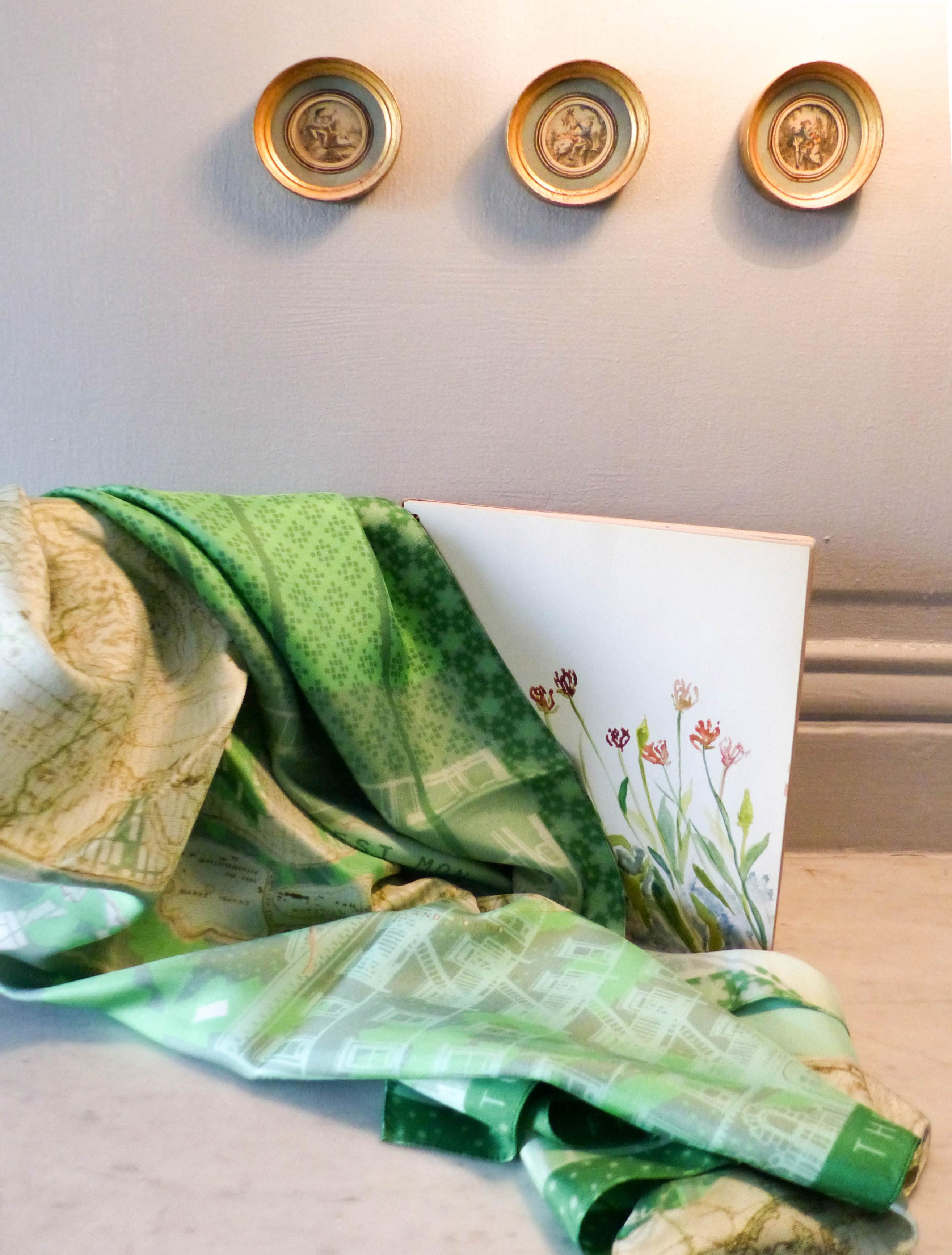 lso créations foulards lyon soie détail histopire poésie couleur vert