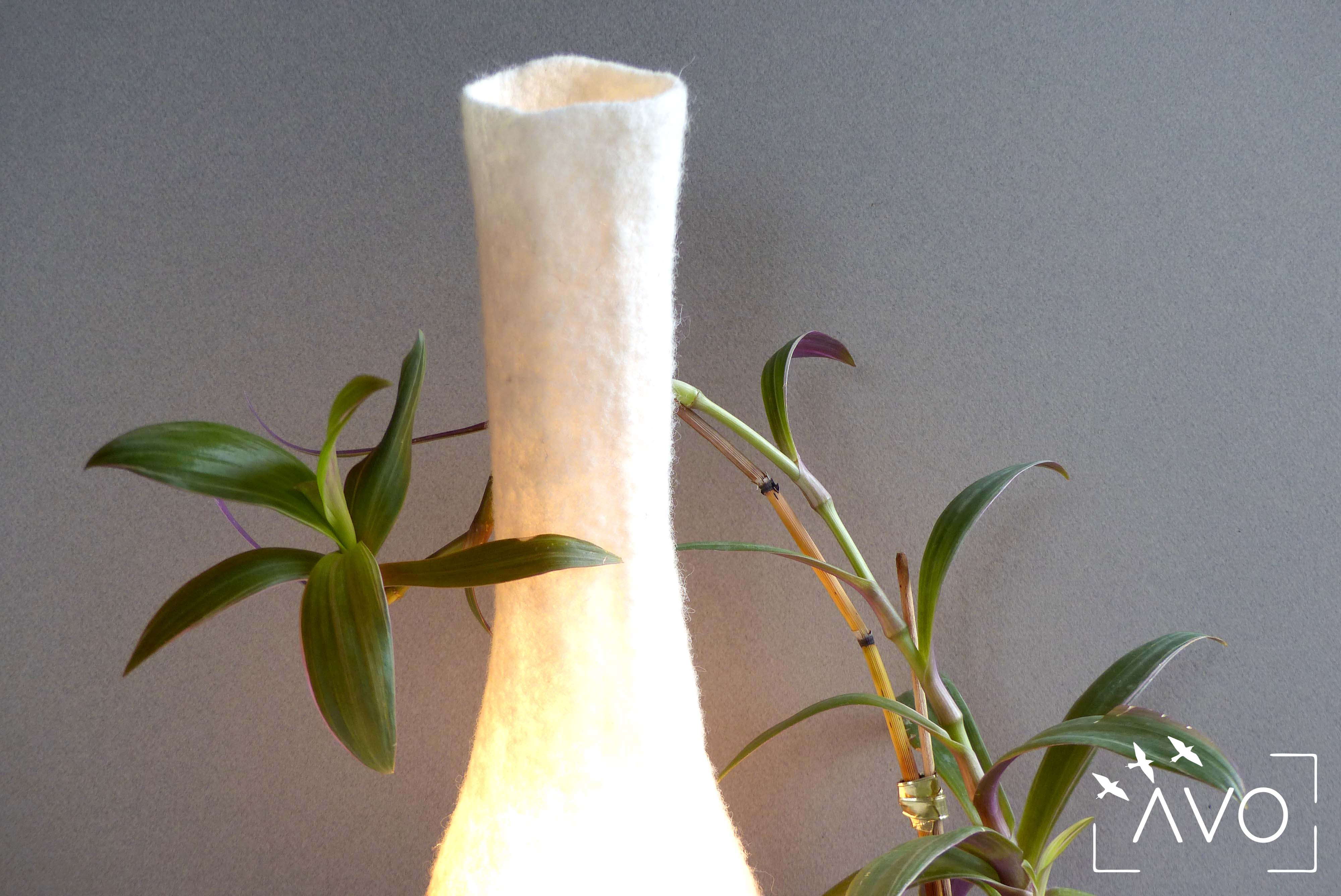 atelier murielle romera feutre création créateurs laine pots luminaire coussin sous table tapis arroser lampe