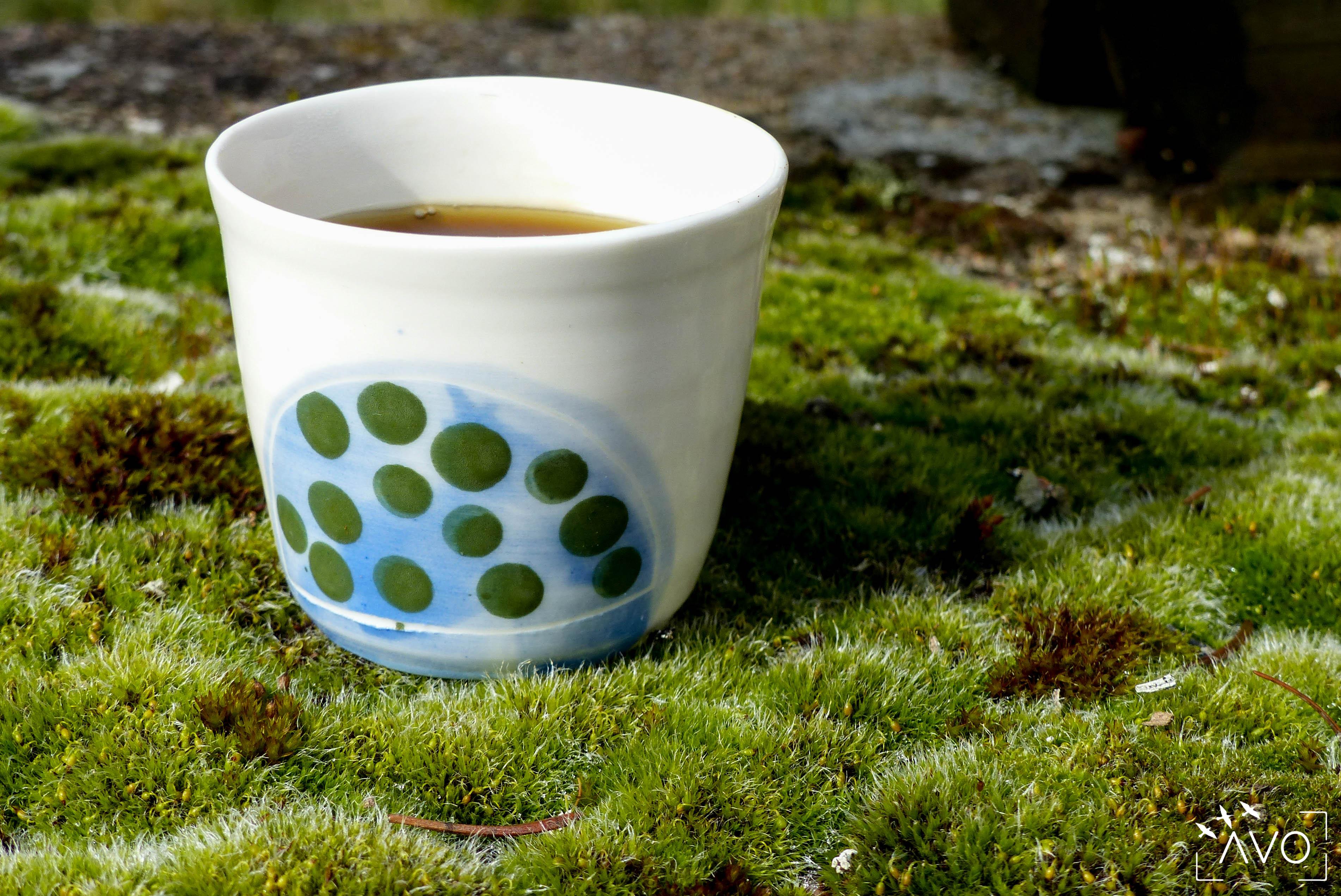 céramique tasse pois porcelaine caluire lyon abcéramique atelier blanc couleur rond nature