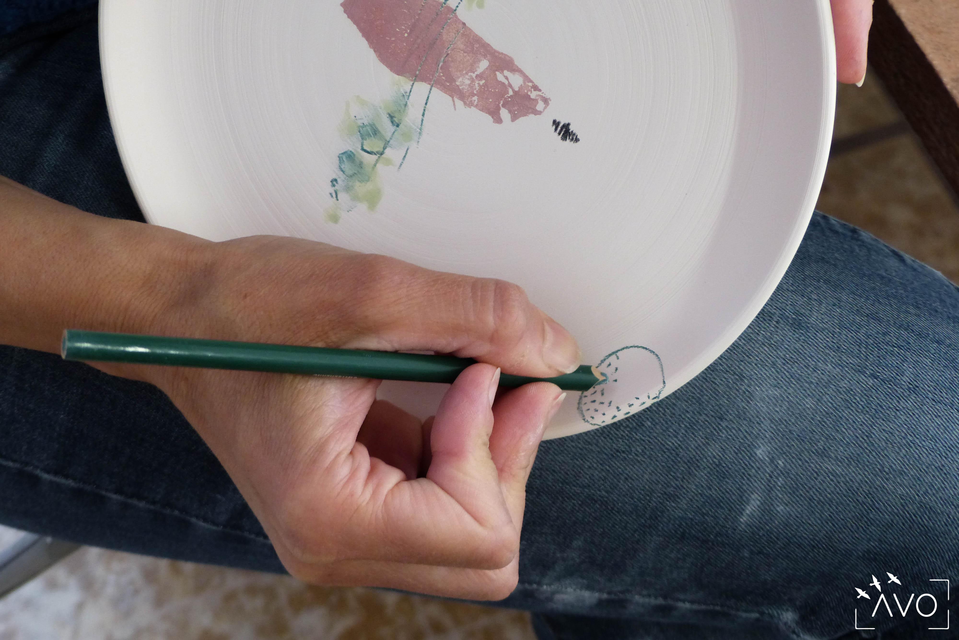 les carrés céramique porcelaine st pierre d'allevard anne louise vidal artisans créatrice céramiste dessins crayons