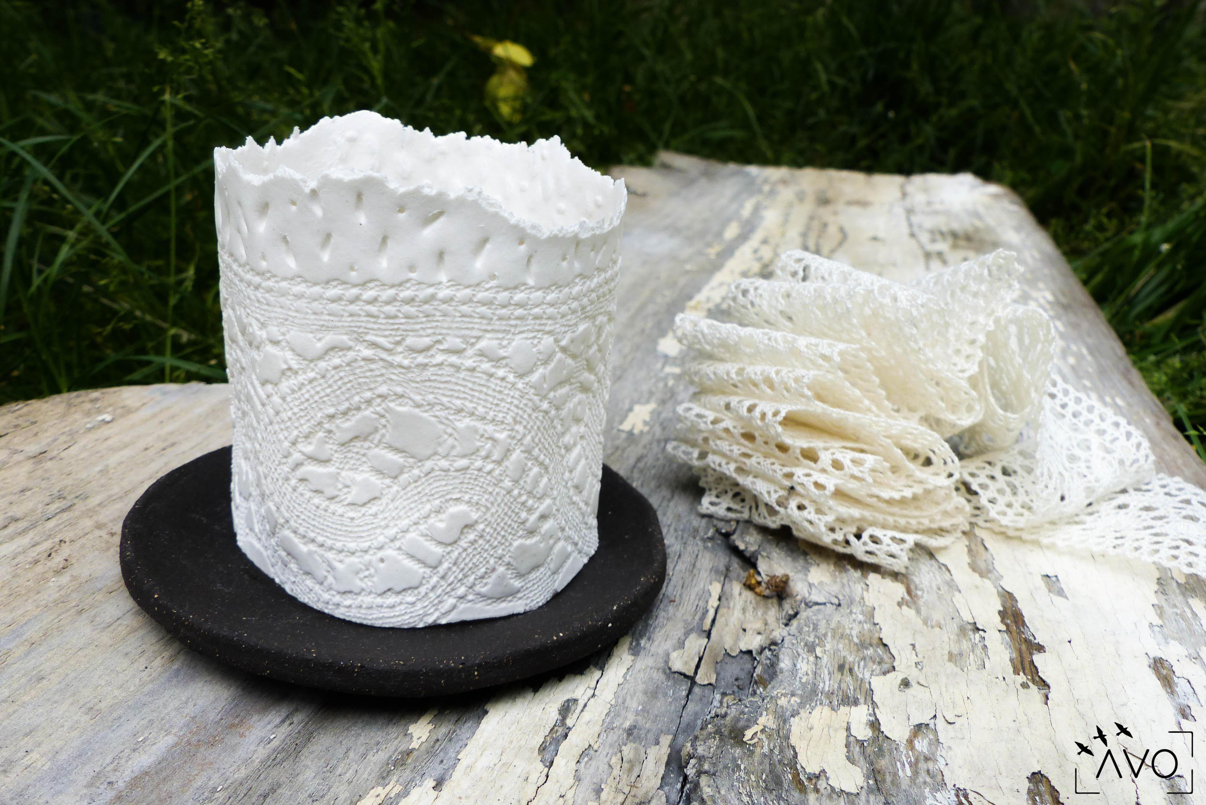 les carrés céramique porcelaine broderie le puy